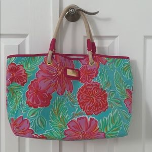 Lilly Pulitzer Floral Shoreline Beach Tote